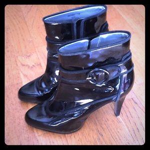 Black patent Naturalizer boots size 7